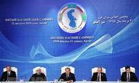 Fünf Staaten unterzeichnen Abkommen über Status des Kaspischen Meeres