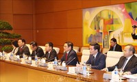 Leiter der KPV-Personalabteilung Pham Minh Chinh trifft Sondergesandten des japanischen Premierministers