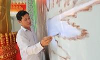 Treffen mit einer Familie, die Leidenschaft für Fresken und Skulpturen der Khmer hat