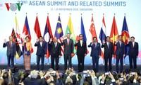 Premierminister Nguyen Xuan Phuc teilt Erfahrungen Vietnams auf ASEAN-Gipfel