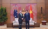 Generalsekretär des Parlaments trifft Australiens Senatspräsidenten