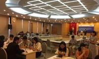 Treffen von vietnamesischen und omanischen Unternehmern