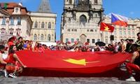 Beteiligung vietnamesischer Gemeinschaft am Fest ethnischer Minderheiten in Tschechien