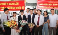 Vietnamesische Schüler erzielen hohe Leistung bei Biologieolympiade in Ungarn