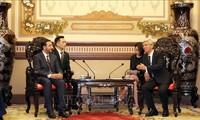 Zusammenarbeit zwischen Ho-Chi-Minh-Stadt und VAE verstärken