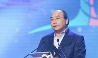 """Premierminister Nguyen Xuan Phuc nimmt am Programm """"Das ganze Land für arme Menschen"""""""