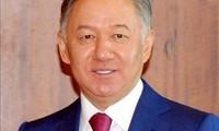 Präsident des kasachischen Unterhauses Nurlan Nigmatulin beginnt seinen Vietnambesuch