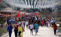Con-Wurf-Fest zum Jahresanfang am Oberlauf des Da-Flusses