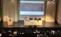 Seminar über die Ostmeerlage in Paris