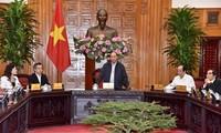 Premierminister Nguyen Xuan Phuc tagt mit Leitung der Provinz Bac Lieu