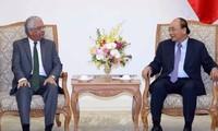 Premierminister Nguyen Xuan Phuc empfängt den UN-Koordinator in Vietnam