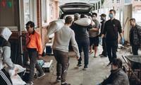 Vietnamesen solidarisieren sich, um die Covid-19-Epidemie zu bekämpfen