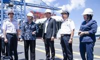 Parlamentspräsidentin Nguyen Thi Kim Ngan besucht internationalen Hafen Tan Cang-Cai Mep
