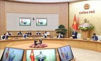 Premierminister Nguyen Xuan Phuc leitet die Sitzung der Nationalkommission für E-Regierung