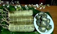 Kräuter-Klebreiskuchen – Einzigartiges Gericht der Muong in Phu Tho