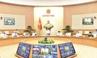 Premierminister Pham Minh Chinh führt Online-Sitzung mit Provinzen über covid-19 Bekämpfung