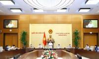 Inhalte für die erste Sitzung des Parlaments der 15. Legislaturperiode