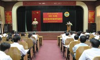 Himpunan Petani belajar, mencengkam Resolusi Kongres Nasional ke-6 Himpunan Petani Vietnam