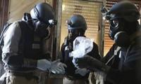 AS menerima memusnahkan gudang senjata kimia Suriah di laut