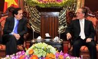 Ketua MN Vietnam, Nguyen Sinh Hung menerima delegasi Majelis Tinggi Spanyol