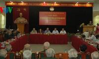 Pengurus Besar Front Tanah Air Vietnam melakukan pertemuan sehubungan dengan ultah ke-60 Kemenangan Dien Bien Phu