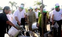 Daerah-daerah mengadakan rapat umum untuk menyambut Hari Lingkungan Hidup Sedunia
