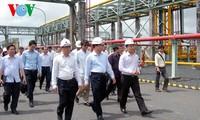 Deputi PM Vietnam, Vu Van Ninh melakukan kunjungan kerja di provinsi Ca Mau