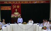 Deputi PM, Menlu Vietnam, Pham Binh Minh melakukan temu kerja dengan provinsi Kon Tum
