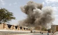 Pasukan aliansi negara-negara Arab kawasan Teluk melakukan serangan udara terhadap Ibukota Yaman