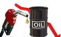 Harga minyak di pasar AS dan dunia serempak turun drastis