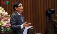 MN Vietnam melakukan acara interpelasi dan jawaban interpelasi