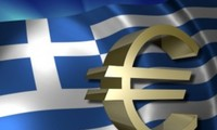 Memperingatkan akan pengaruh negatif  ketika Yunani menarik diri dari Eurozone