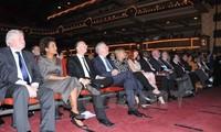 Menyosialisasikan  pariwisata Da Nang di Forum Francophonie