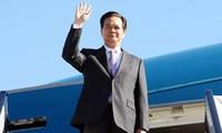 PM Vietnam, Nguyen Tan Dung melakukan kunjungan resmi di Thailand