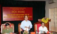 Memperhebat pengelolaan Negara tentang keamanan dan pertahanan di kawasan Tay Bac