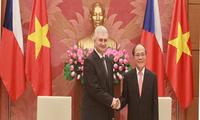 Ketua Majelis Tinggi Czech, Milan Stech melakukan kunjungan resmi di Vietnam