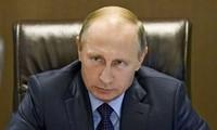 Rusia menuduh Turki melindungi perdagangan minyak dengan IS