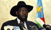 Sudan Selatan membentuk Pemerintah persatuan nasional