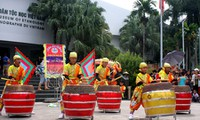 Anak-anak Ibukota Hanoi menyambut Festival Medio Musim Rontok di Museum Etnologi Vietnam
