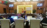 Sidang pleno ke-3 Komisi Hukum MN Vietnam