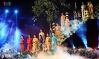 """Pembukaan Festival """"Ao Dai"""" Hanoi"""