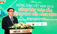 Deputi PM Vuong Dinh Hue menghadiri Forum petani yang pertama Vietnam tahun 2016