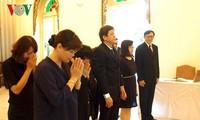 Pimpinan VOV berziarah kepada Raja Thailand