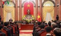 Presiden Tran Dai Quang bertemu dengan delegasi dari cabang produksi batu bara dan provinsi Quang Ninh