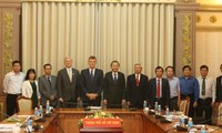 Kota Ho Chi Minh dan ADB bekerjasama untuk menjamin laju proyek perhubungan dan pengadaan air