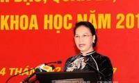 Ketua MN Vietnam, Nguyen Thi Kim Ngan memberikan ceramah di depan para dosen Akademi Politik Nasional Ho Chi Minh