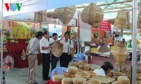 Memprioritaskan penggunaan barang Vietnam demi target perkembangan ekonomi Tanah Air