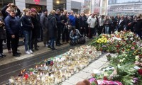 Swedia mengenangkang para korban yang naas