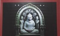 Pameran pusaka agama Buddha dari Fotografer India