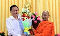 Ketua Pengurus Besar Front Tanah Air Vietnam, Tran Thanh Man mengunjungi basis-basis agama di Kota Can Tho